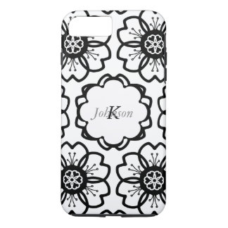 Abstract Black White Flower Doodle Heart Pattern. iPhone 7 Plus Case