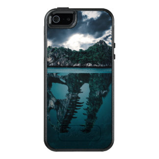 Abstract Fantasy Artistic Island OtterBox iPhone 5/5s/SE Case