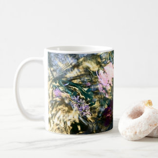 Abstract Flow in Water Coffee Mug