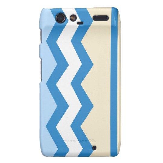 Abstract geometric pattern - blue and white. motorola droid RAZR case