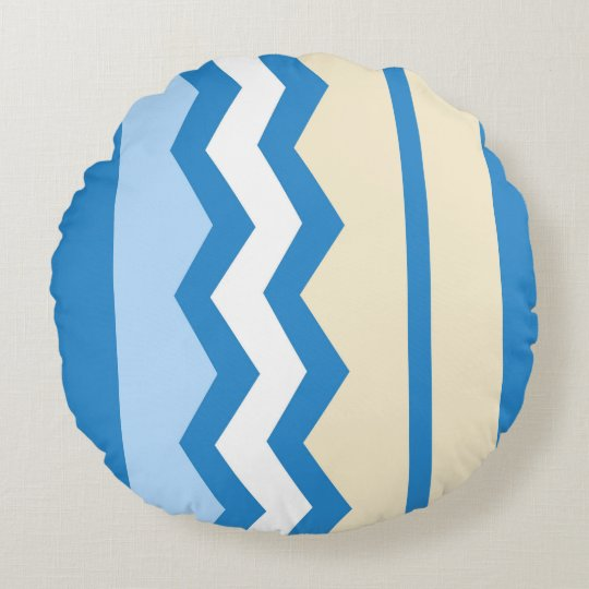 Abstract geometric pattern - blue and white. round cushion