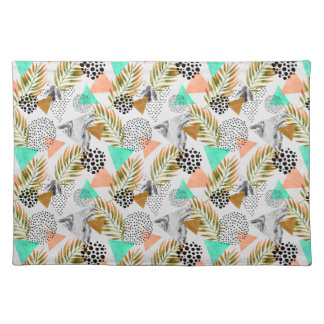 Abstract Geometric Tropical Leaf Pattern Placemat