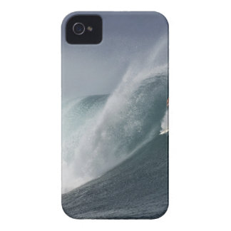 Abstract surfing sea wave Case-Mate iPhone 4 cases
