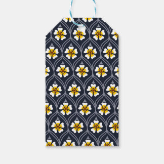 abstract white flower pattern