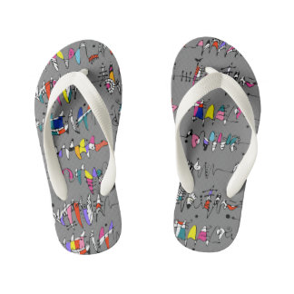 Abstraction from undulating lines kid's thongs