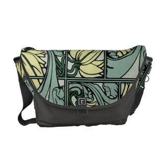 Acanthus Leaf, Vintage Look 2 Messenger Bag