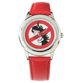 Acorn bites the bullies Watch