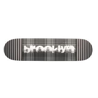 Add Your City Gray Plaid 18.1 Cm Old School Skateboard Deck