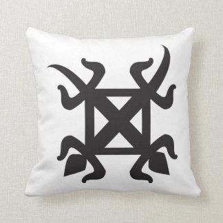 adinkra_funtunfunefu BLK Cushion