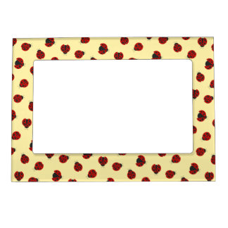 Adorable Chequered Plaid Ladybug Graphic Pattern Magnetic Picture Frame