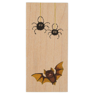 Adorable Halloween Brown Bat with 2 Fluffy Spiders Wood USB Flash Drive