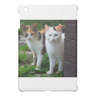 ADORABLE KITTENs Case For The iPad Mini