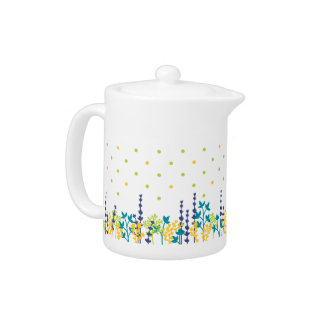 Adorable Polka Dot Leaf Border Tea Pot