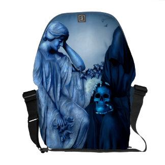Aeternum Vale Messenger Bag