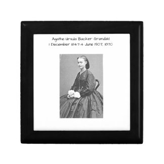 Agathe Ursula Backer Grondahl, 1870 Gift Box
