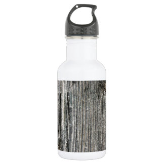 Aged wood fence posting from rustic bush setting 532 ml water bottle