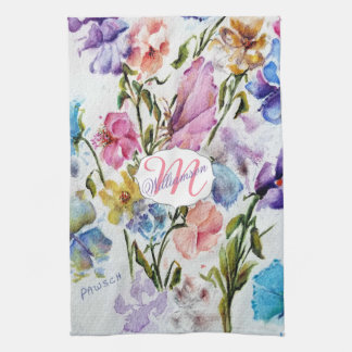 AIRY AND WHIMSICAL FLORAL PATTERN TEA TOWEL