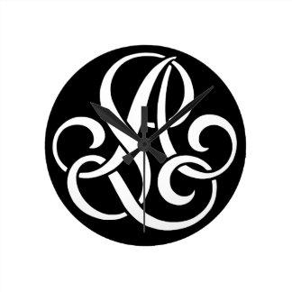 AL-LA-Monogram Round Clock