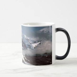 Alaska / Hayes Glacier Magic Mug