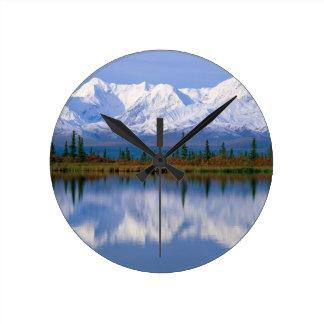 Alaskan Mountians Round Wallclock
