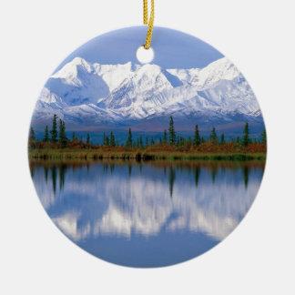 Alaskan Mountians Round Ceramic Decoration