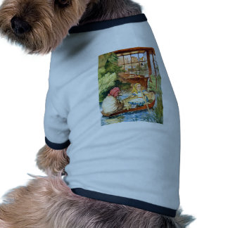 ALICE AND THE WEIRD OLD SHEEP SHOPKEEPER PET T-SHIRT