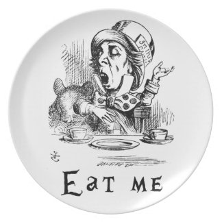 Alice in Wonderland - Eat me Plate
