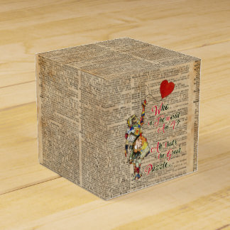 Alice,Mad Hatter &Rabbit Vintage Collage Quote Party Favour Boxes