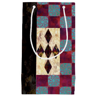 Alice-Queen Small Gift Bag