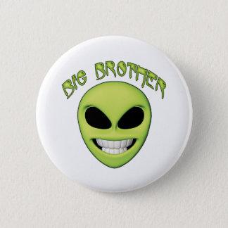 Alien Head Big Brother 6 Cm Round Badge