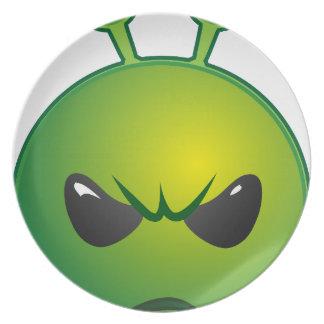 alien mad dinner plate
