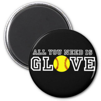 All you Need is Glove! 6 Cm Round Magnet