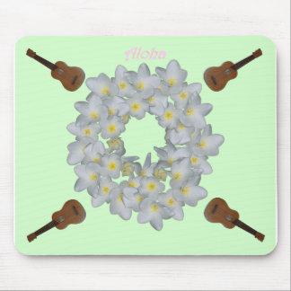 Aloha Plumeria Wreath. Mouse Pad