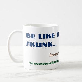 Alt Funny Skunk Smelly Fart Odour Woodland Animal Basic White Mug