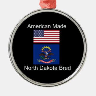 """""""American Born..North Dakota Bred"""" Flag Design Silver-Colored Round Decoration"""