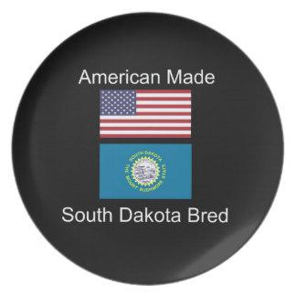 """""""American Born..South Dakota Bred"""" Flag Design Dinner Plates"""
