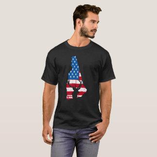 American Flag New Hampshire Deer Hunting T-Shirt