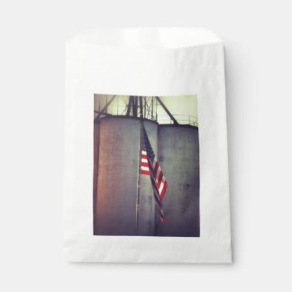 American Flag with Grain Bins Favour Bag