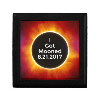 American Solar Eclipse Got Mooned August 21 2017.j Gift Box