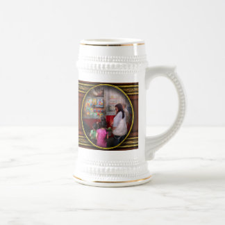 Americana - Serving chocolate ice cream Coffee Mug