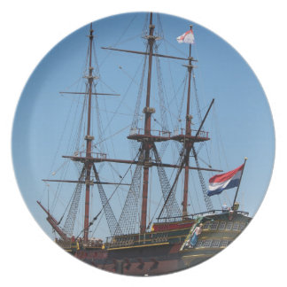 Amsterdam wooden sail ship VOC - Range Party Plates