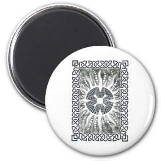 An Atom 6 Cm Round Magnet