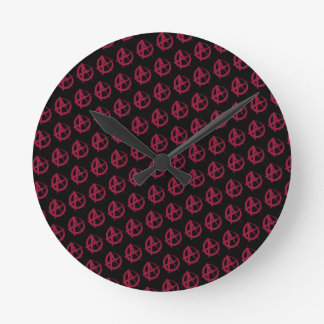 Anarchy Pattern Round Clock