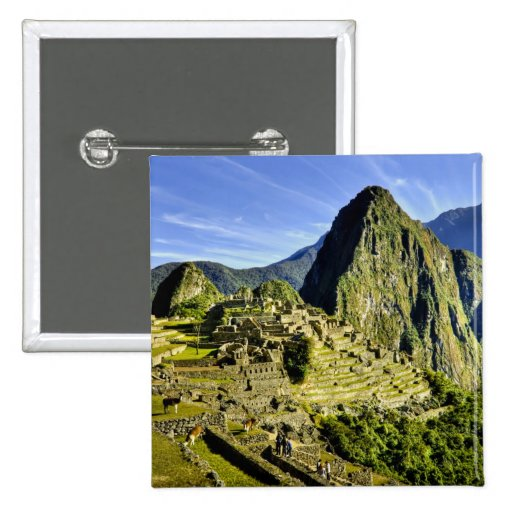 Ancient Machu Picchu, last refuge of the Pin