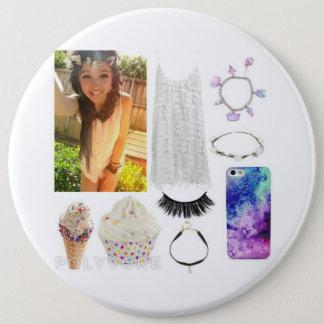 Angelic beauty 6 cm round badge