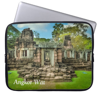Angkor Wat temple Cambodia UNESCO Laptop Sleeve