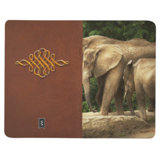 Animal - Elephant - Tight knit family Journal