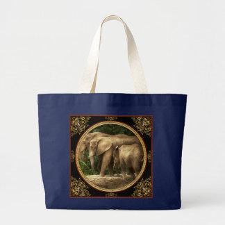 Animal - Elephant - Tight knit family Large Tote Bag