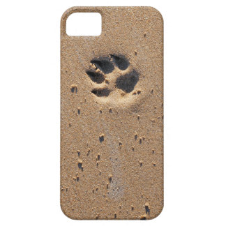 Animal paw prints in sand iPhone 5 covers