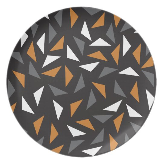 Animated triangles dinner plate